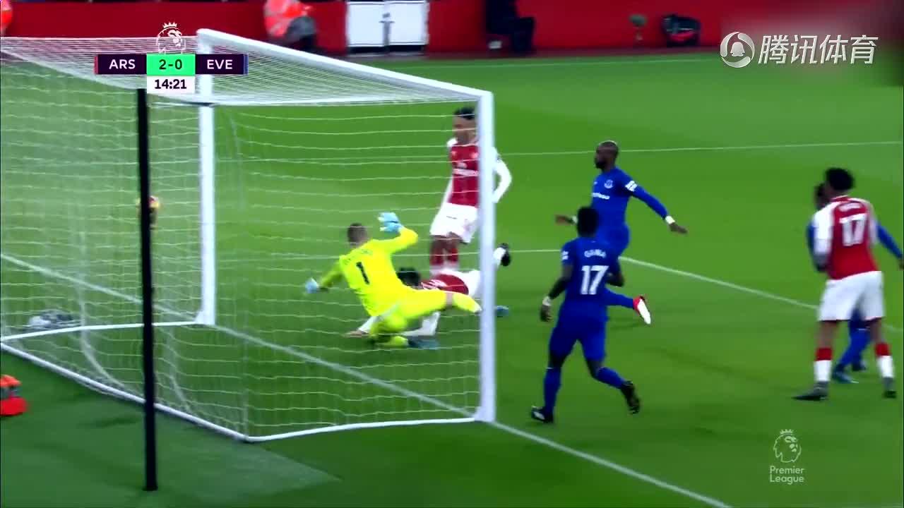 [视频]英超:阿森纳5-1埃弗顿 奥巴梅杨首秀进球
