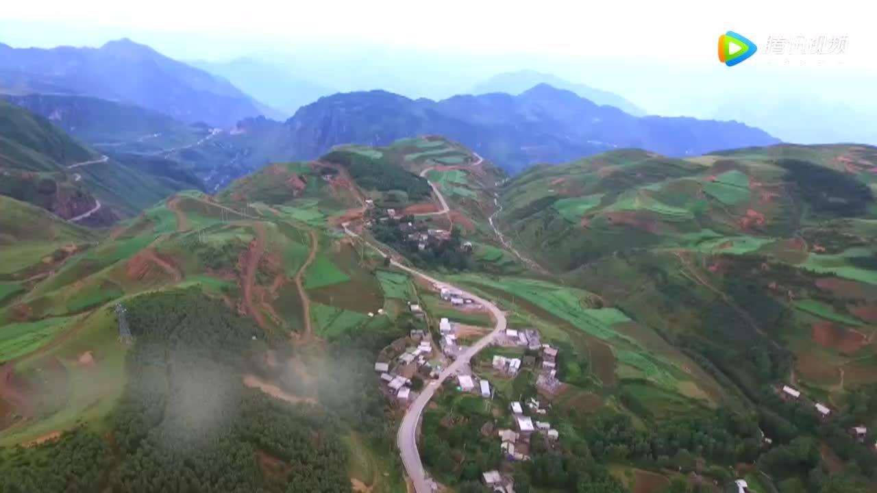 [视频]国家形象宣传片第一集:中国一分钟——瞬息万象