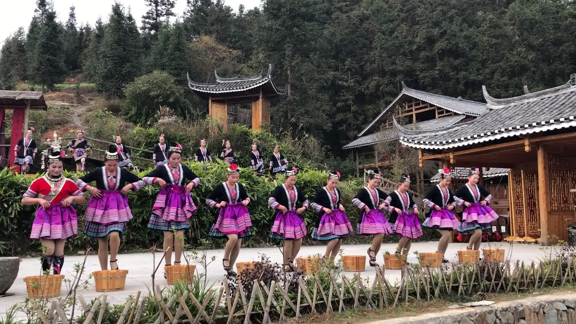 【赶集湖南】侗寨风情:民族歌舞