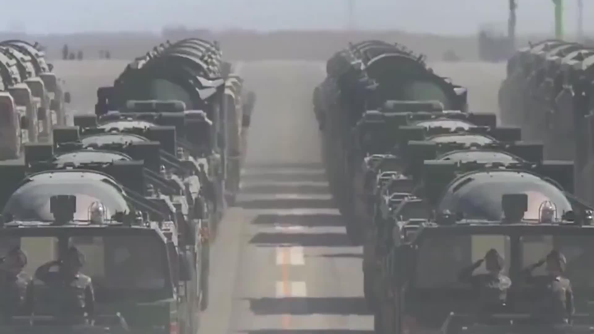 [视频]火箭军洲际核导弹部队绝密地下洞库曝光