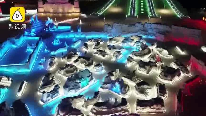 """[视频]神还原!哈尔滨用冰雪打造王者峡谷 十位""""英雄""""顶严寒降临"""