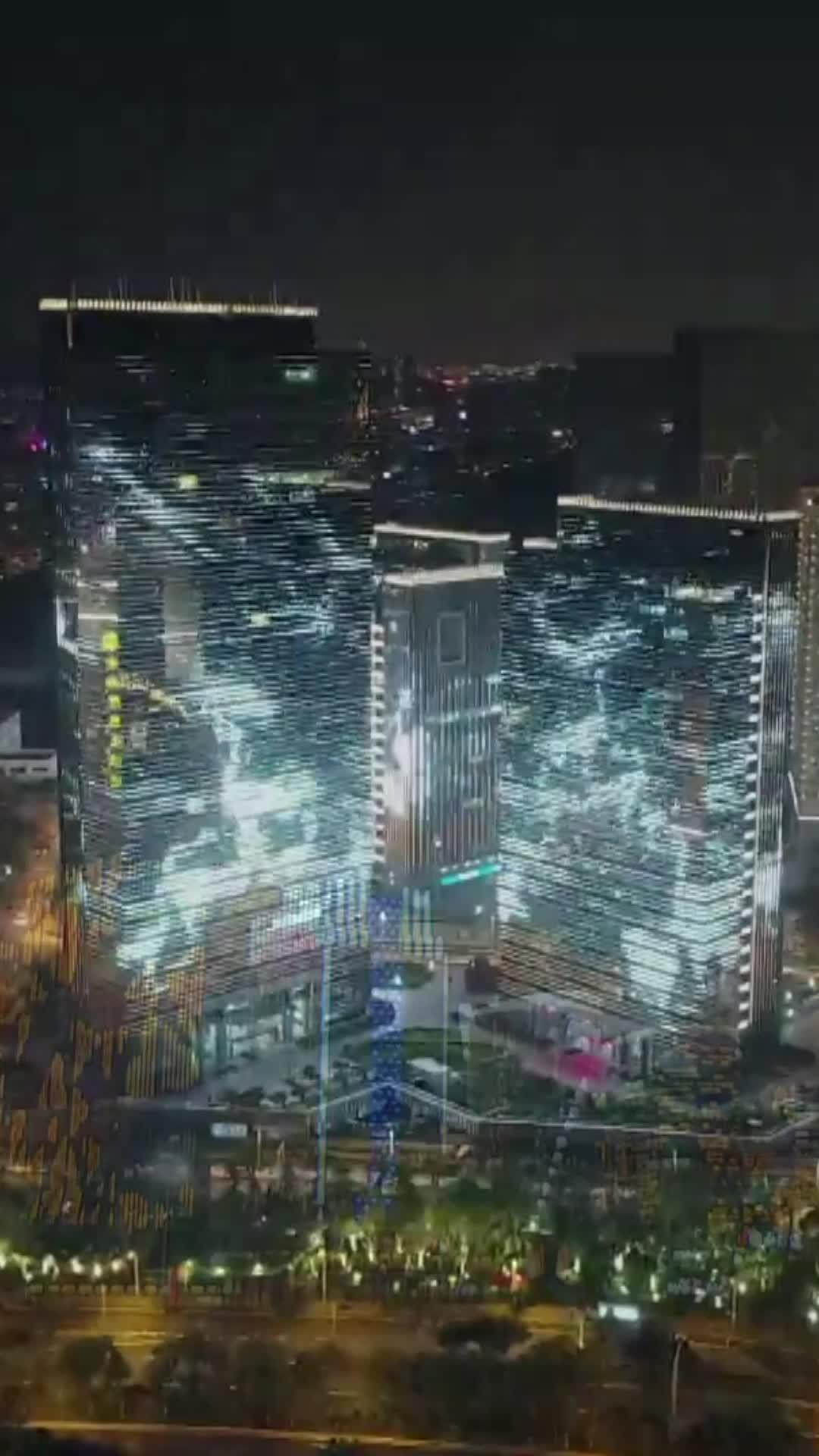 [视频]我爱你中国 颜值爆表 绚丽灯光秀点亮鹭岛