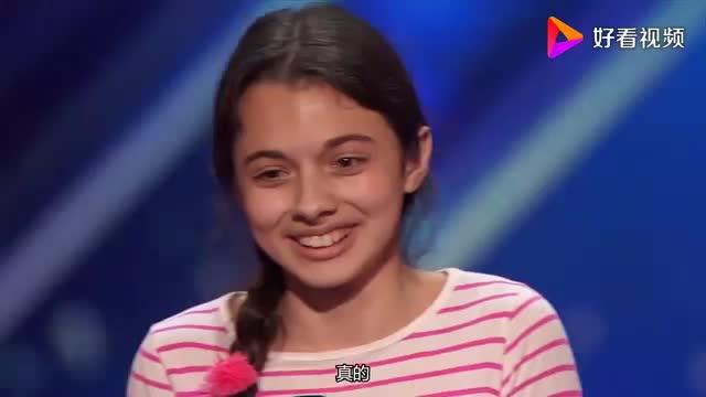 [视频]《美国达人秀》小姑娘羞涩紧张 歌剧开嗓惊呆众评委