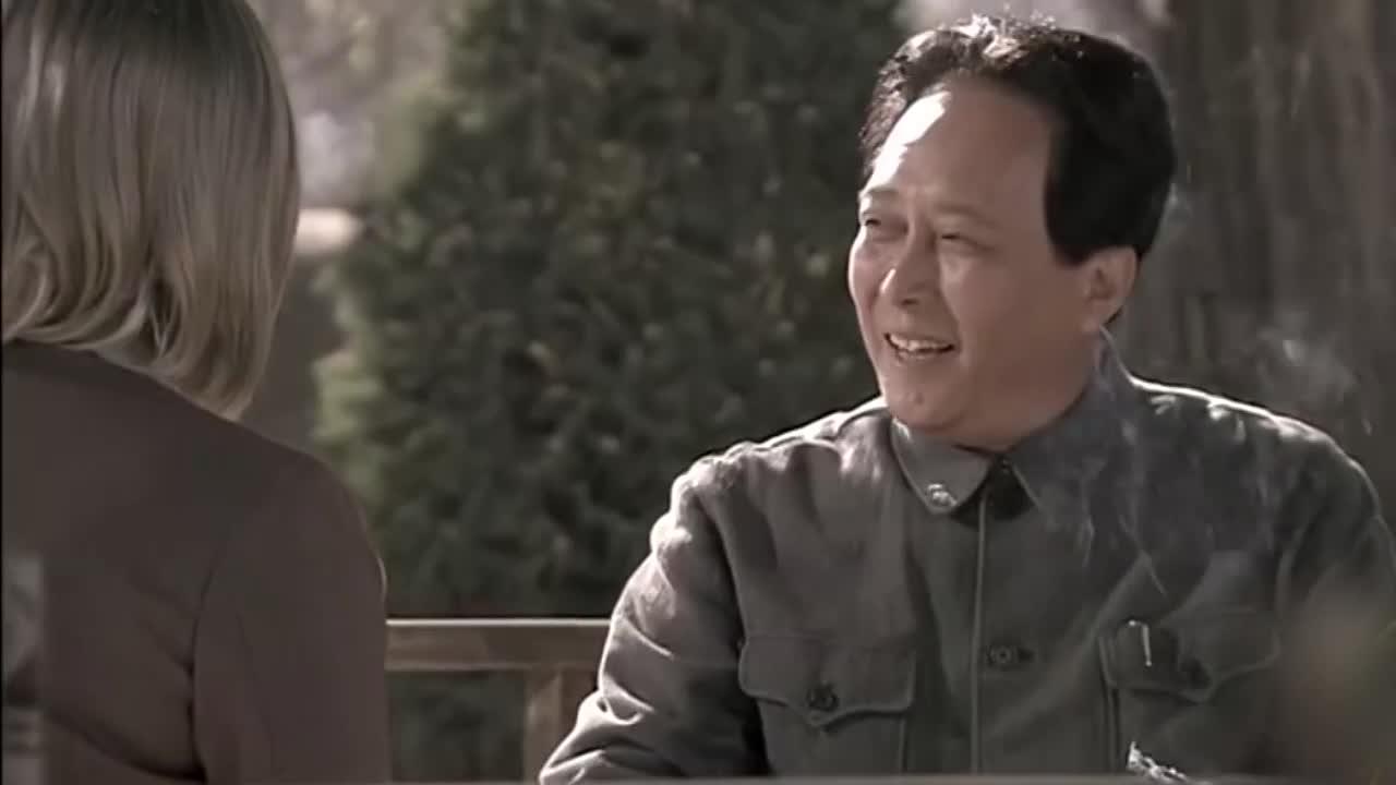 【不忘初心 经典故事】毛泽东接受美国记者采访:一切反动派都是纸老虎!