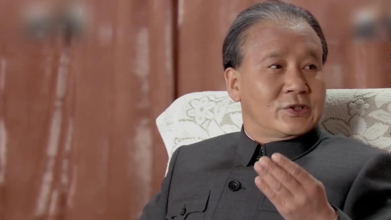 【不忘初心 经典故事】邓小平:办好经济特区 增加对外开放城市