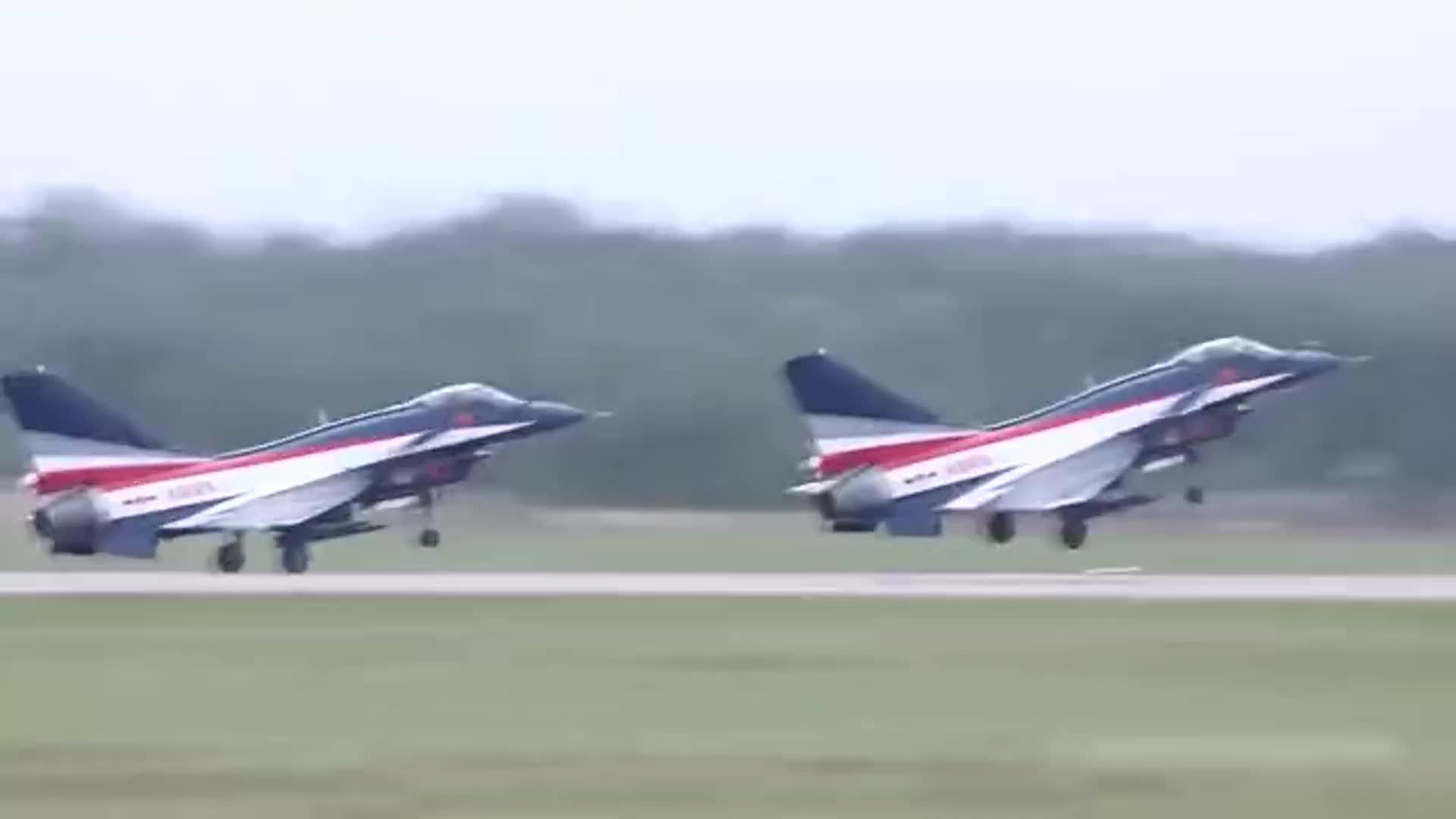[视频]2016年珠海航展飞行表演精彩集锦大回顾