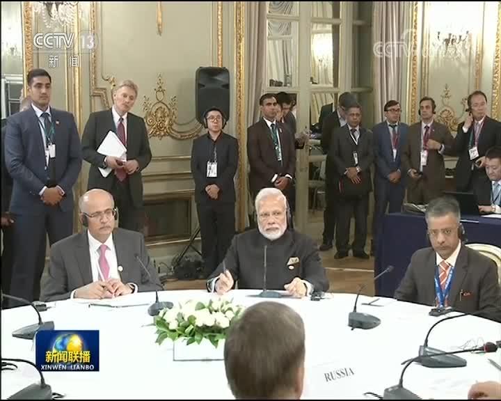 [视频]习近平出席中俄印领导人非正式会晤