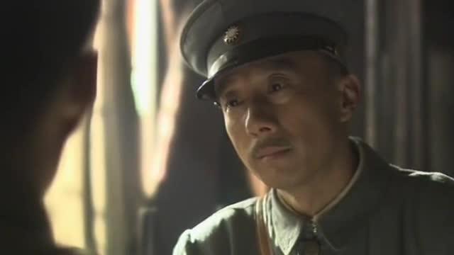 """【不忘初心 经典故事】蒋介石欲与被自己关在""""黑屋子""""里的周恩来拜把子 周恩来:""""今天你就是用枪頂着我的后脑勺我也不会回头"""""""